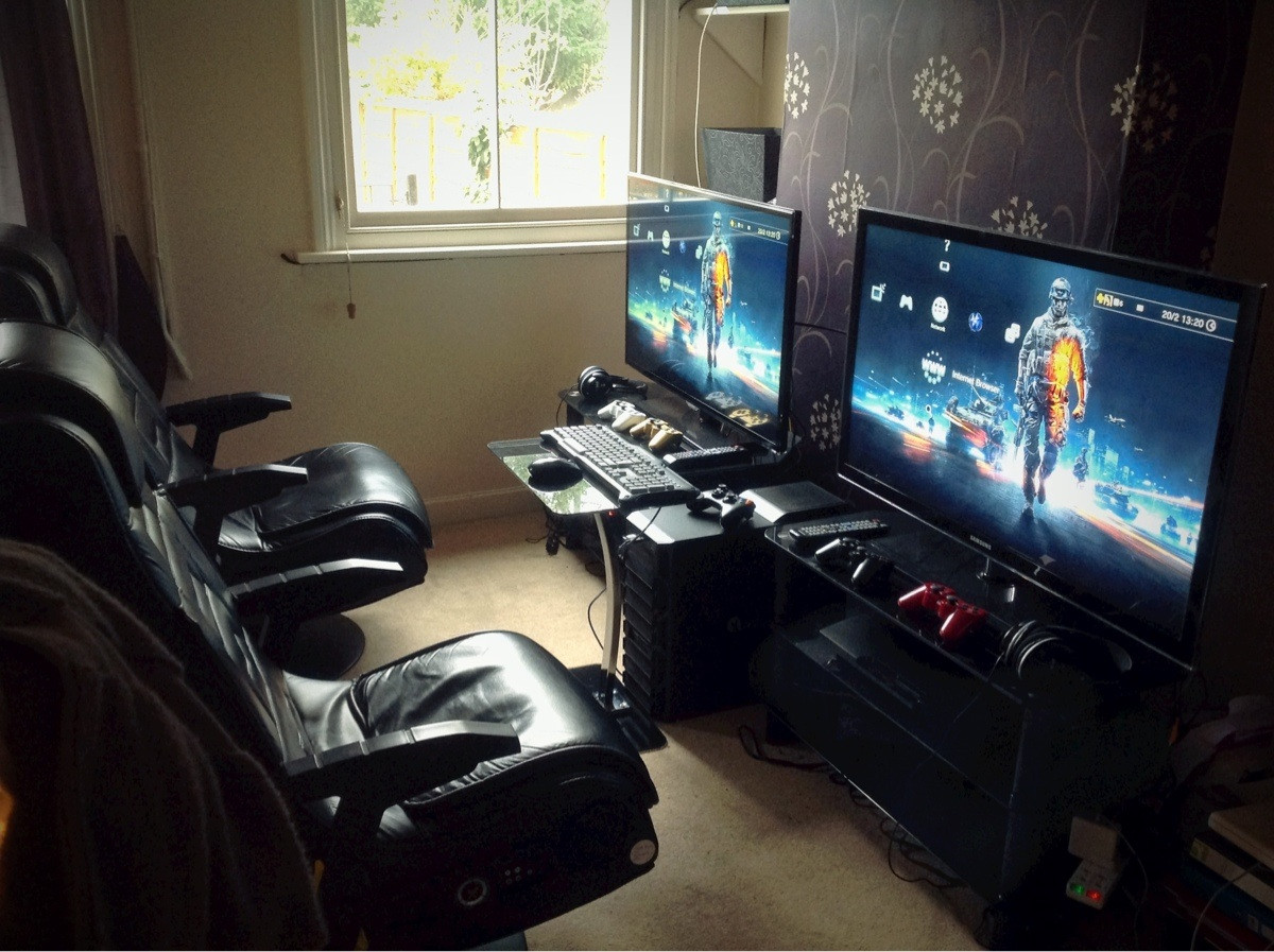 Cool computer setups and gaming setups for Best living room setup