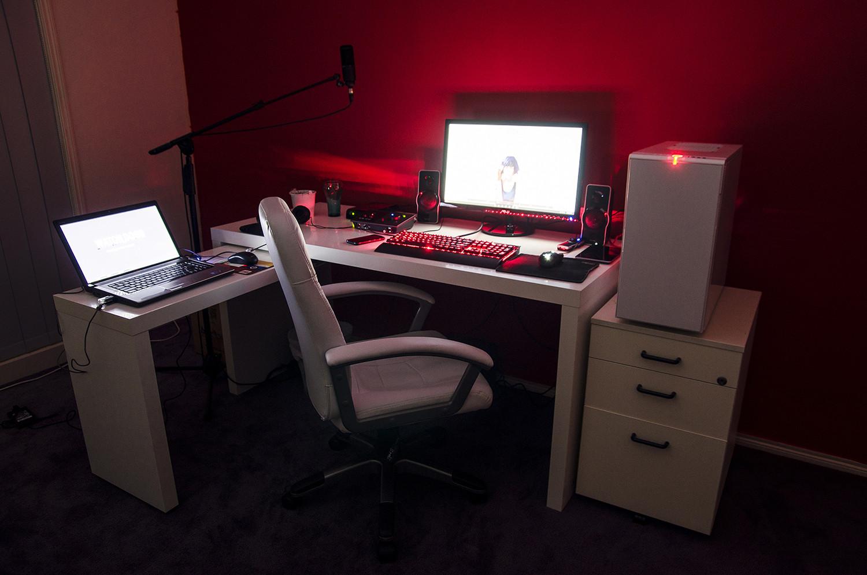 Cool computer setups and gaming setups.