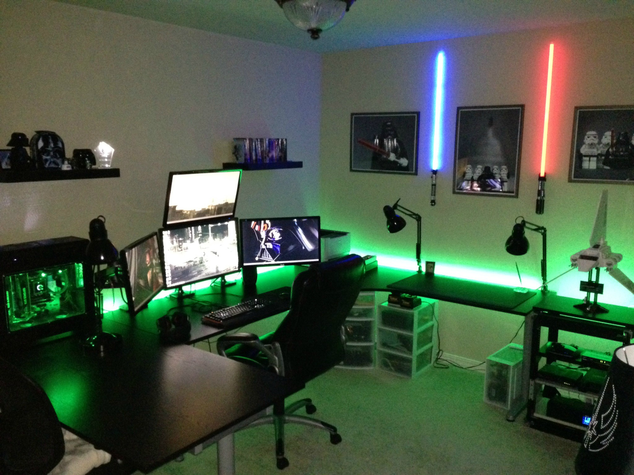 Cool computer setups and gaming setups for Small apartment setup
